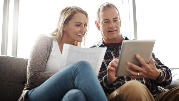 Why you should open a high-yield savings account — and follow these tips to help pay off debt – FOX 35 Orlando