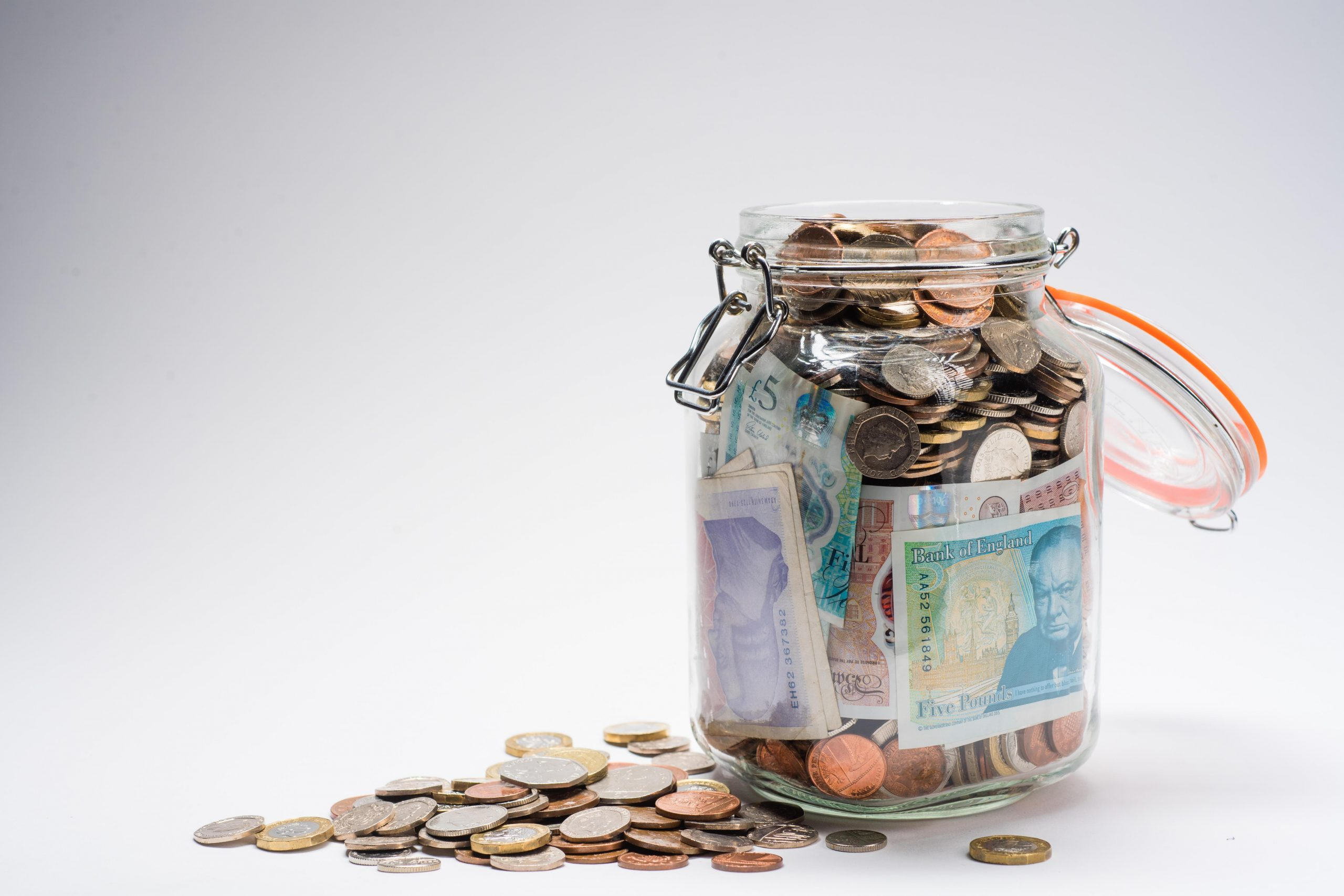 Brits reveal their top 35 quirky money saving hacks… – The Sun